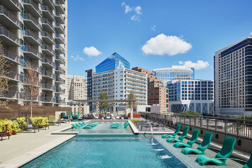 The Christopher Multifamily Apartment The Union Dallas StreetLights Residential Pool